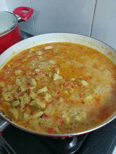 Pollo a la curry