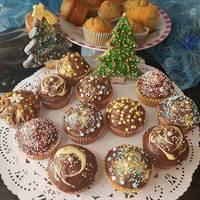 Magdalenas con chocolate decoradas para Navidad