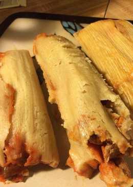 Tamales de Mami Chelo (mole y chilorio)