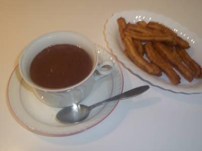 Chocolate a la taza para comer con churros