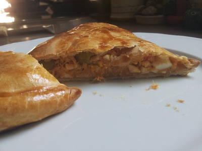 Empanada de atún rápida (con masa brisa)