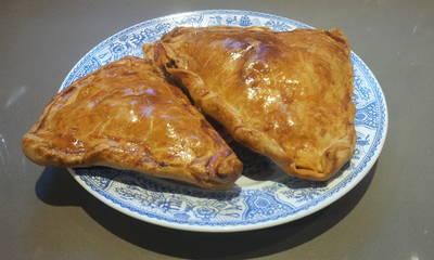 Empanadas de carne al horno con pasta brisa