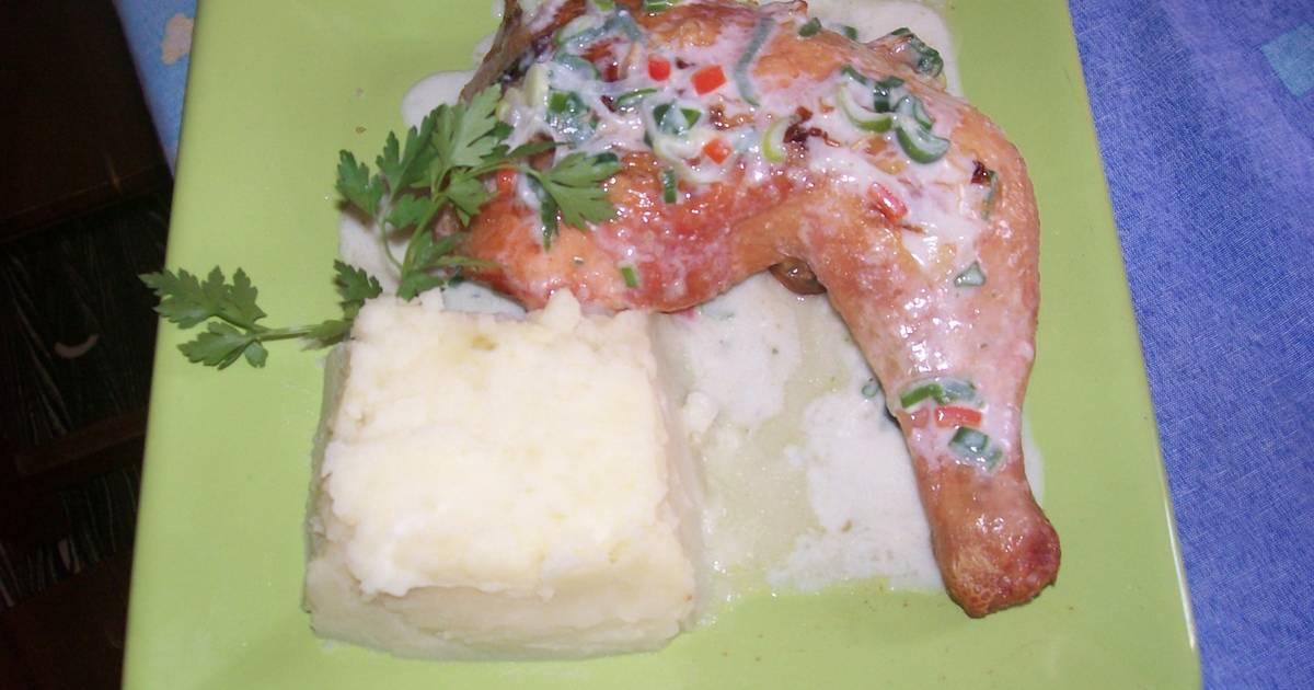 Pollo al horno con salsa de verdeo y pur de papas receta - Salsas para el pollo al horno ...