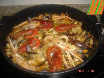 Zarzuela de pescado y marisco f cil receta de marisa for Cocinar zarzuela