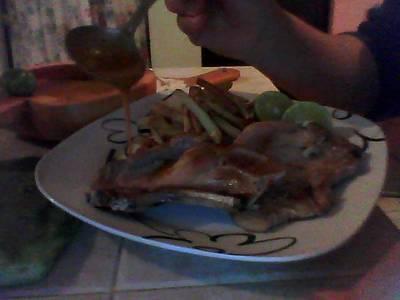 Salsa Luisa con chiles habaneros
