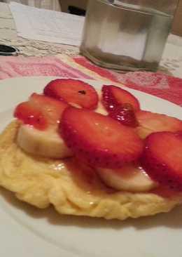 Tortilla dulce con frutos rojos