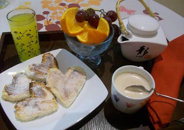 Desayuno rom ntico receta de gaia cookpad - Preparar desayuno romantico ...