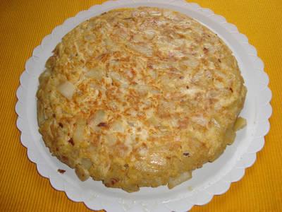 Tortilla de patatas con atún