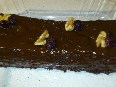 Pastel de chocolate con nueces