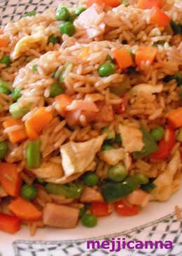 Pollo con arroz frito