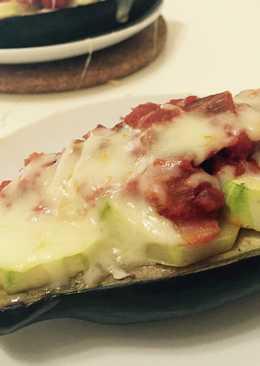 Berenjenas gratinadas con calabacín y tomate