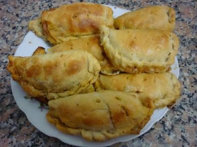 Empanadas  argentinas de carne al horno