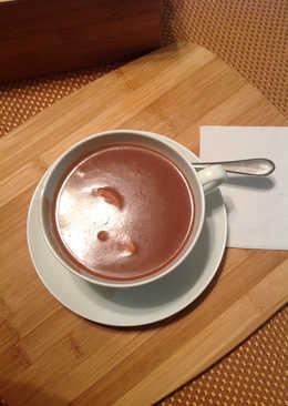 Habichuelas Dulces en crema de coco y almendras