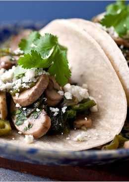 Tacos con champiñones y chile poblano