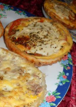 Tartita súper fácil de queso y tomate