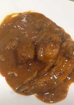 Conejo enharinado con vinagre de manzana