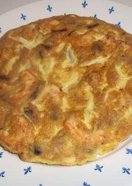 Tortilla de ajos tiernos y langostinos