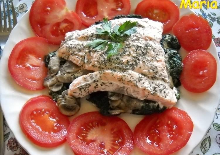 Salm n con espinacas y champi ones en papillote receta de - Salmon con champinones ...