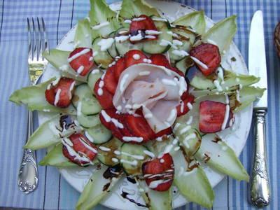 Ensalada de fresas con jamón