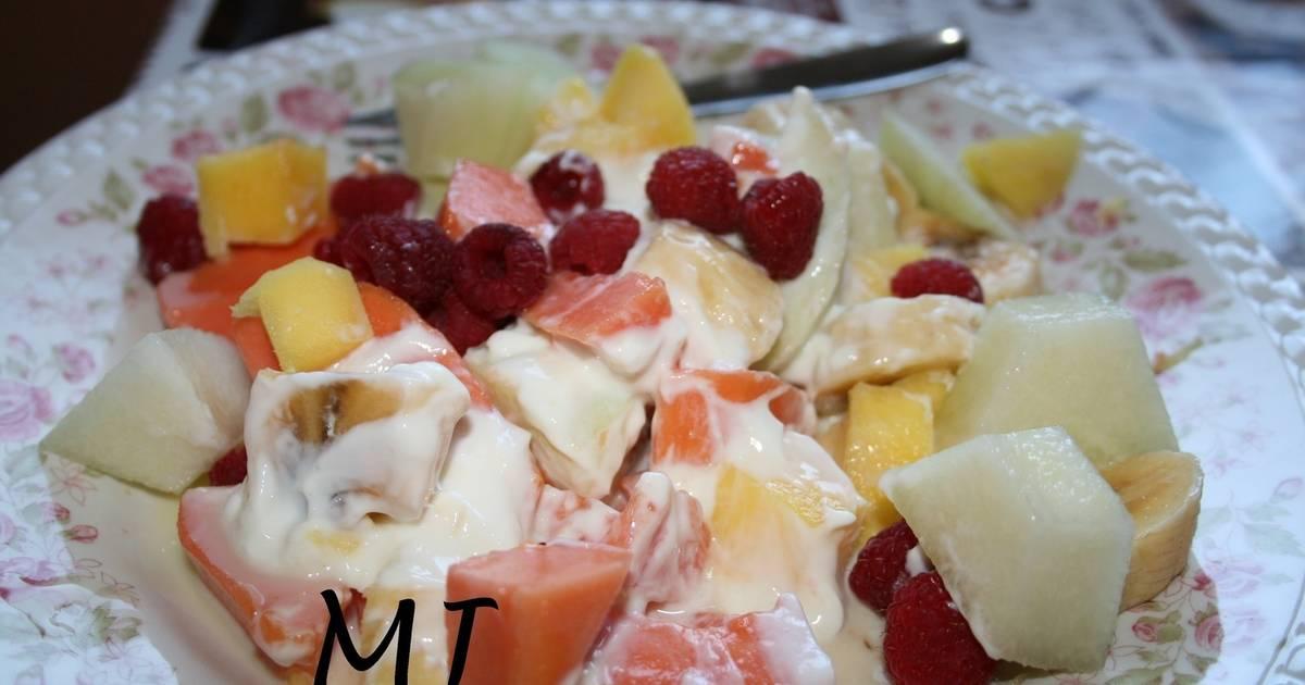 Ensalada de frutas con leche condensada 26 recetas caseras cookpad - Como hacer coctel de frutas ...