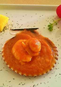 Zamburiñas y langostinos en salsa de vieiras
