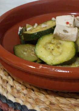 Calabacín con tofu