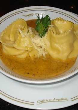 Ravioles de calabaza y mozzarella