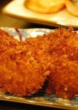 Kaki furai (ostra frita) con ensalada de repollo