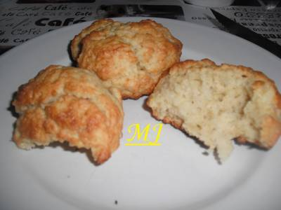 Buttermilk bisquits