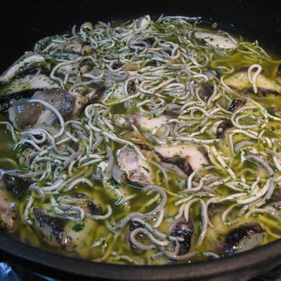 Cocinar Cocochas De Merluza | Cocochas De Merluza Con Gulas En Salsa Verde Receta De Esther