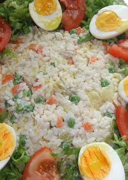 Ensalada de pollo con huevo lechuga 92 recetas caseras for Decoracion de ensaladas