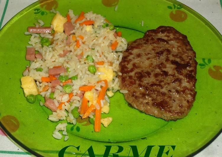 Hamburguesa con salteado de arroz tres delicias receta de - Salteado de arroz ...