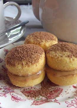 Pastelitos (masitas) rellenos de crema de dulce de leche de mi mamá