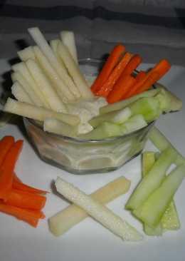 Crudités con vinagreta de yogurt y mostaza