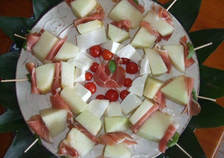 pinchos jamon y queso