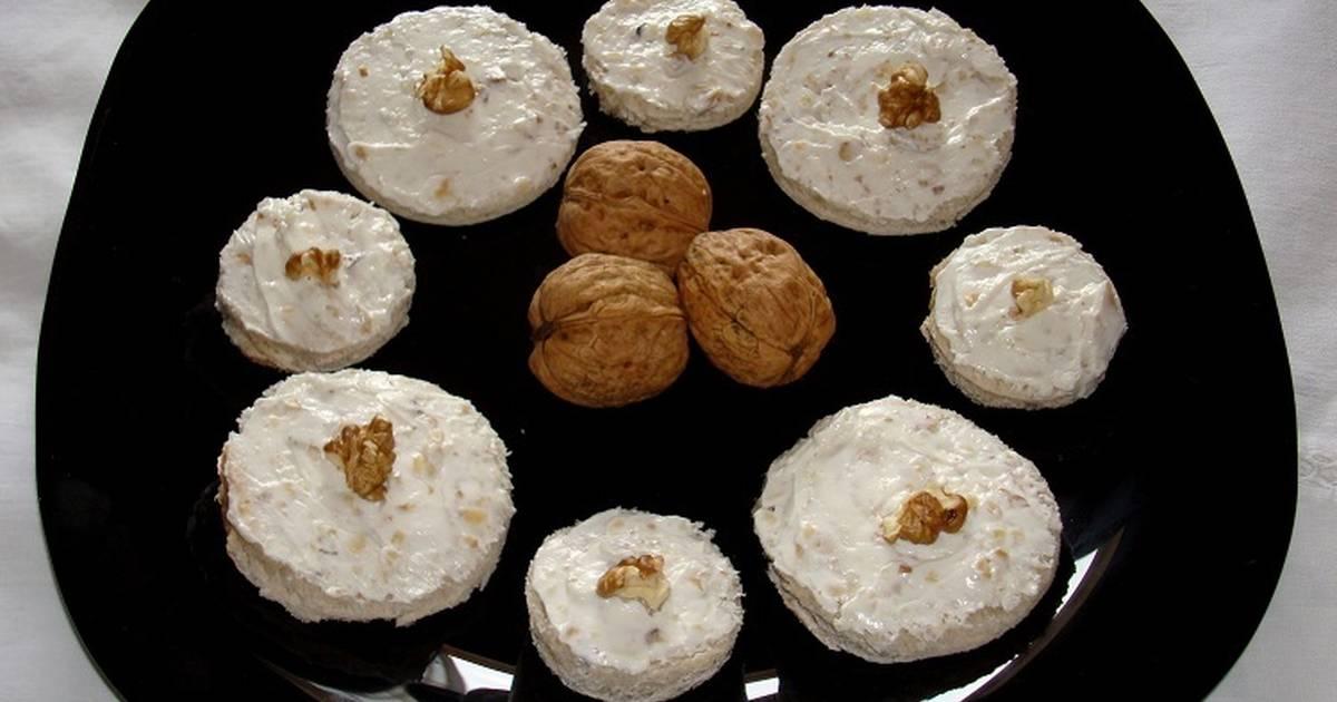 canap s de queso philadelphia y nueces receta de carme. Black Bedroom Furniture Sets. Home Design Ideas