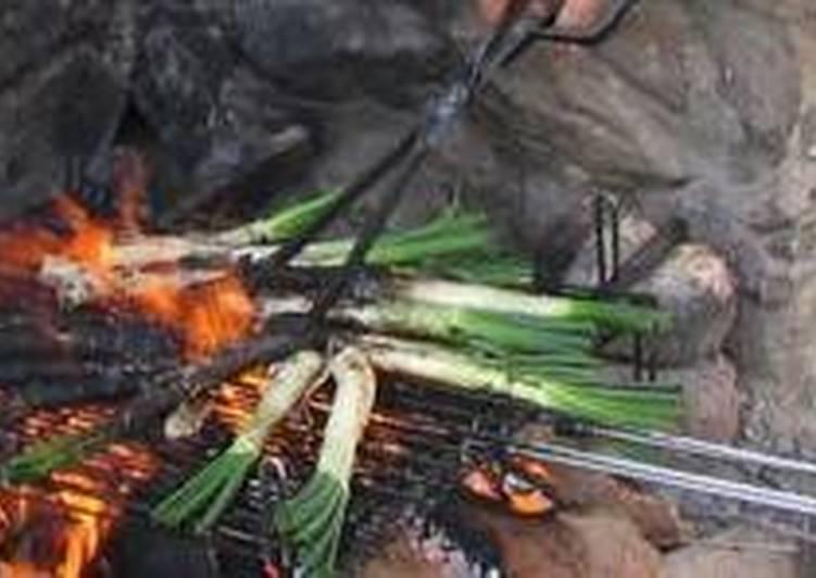 Calçotada (cebolletas a la brasa)