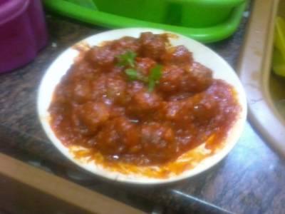 Albóndigas de carne con tomate