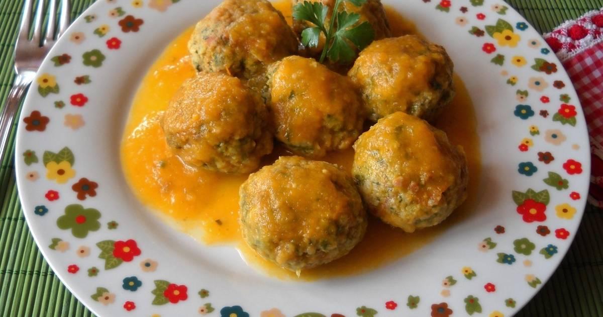 Alb ndigas de acelgas y jam n en salsa de zanahoria receta - Salsa para bogavante cocido ...