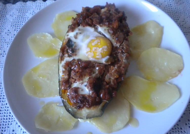 Berenjenas rellenas con pisto y huevo al horno receta de anitanavarro cookpad - Berenjenas rellenas al horno ...