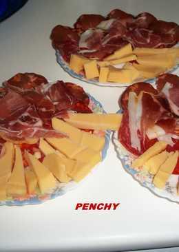 Aperitivo de ibéricos de bellota Frial con queso