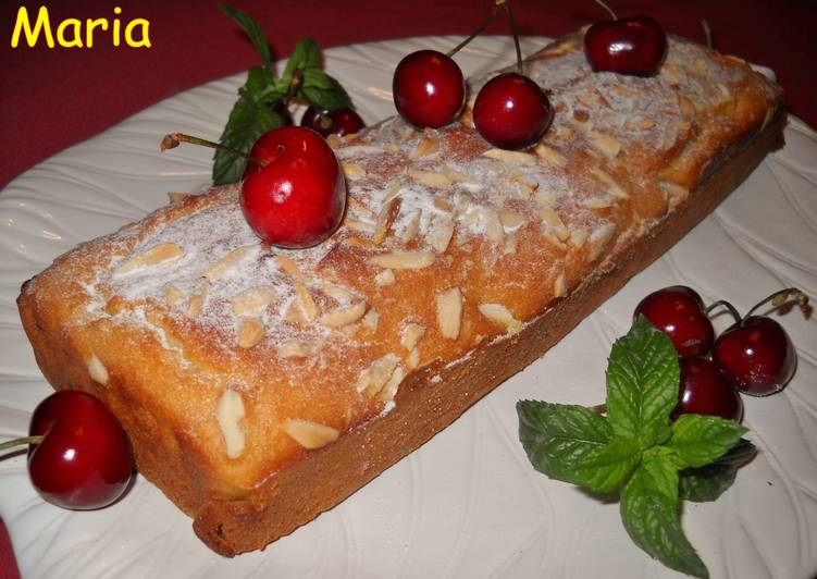Cake de fruta y lima con claras