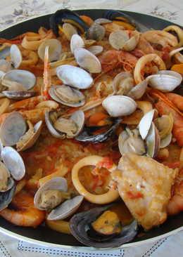 Zarzuela de pescado y marisco fácil