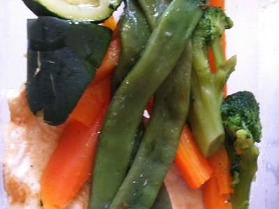 Pechugas con verduras al vapor