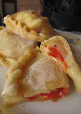 Empanadas tomate y queso