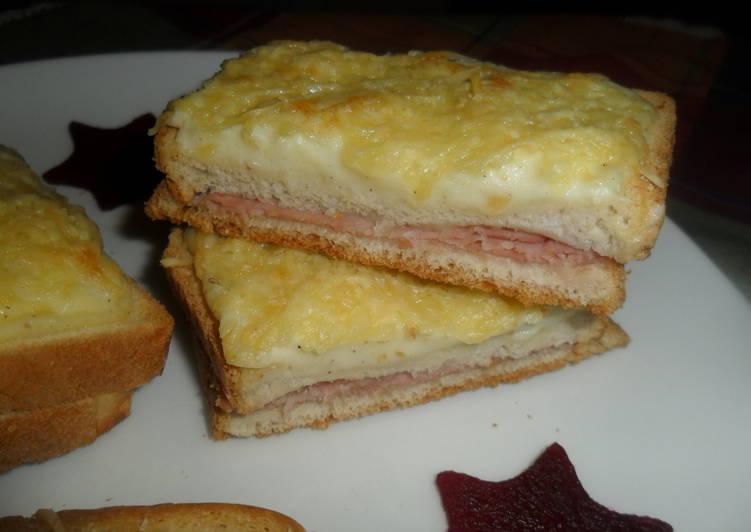 croque monsieur gratinado con bechamel receta de gabriela. Black Bedroom Furniture Sets. Home Design Ideas