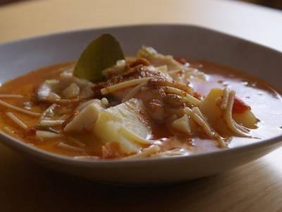 Caz n a la marinera receta de rebekita cookpad for Cocinar tintorera