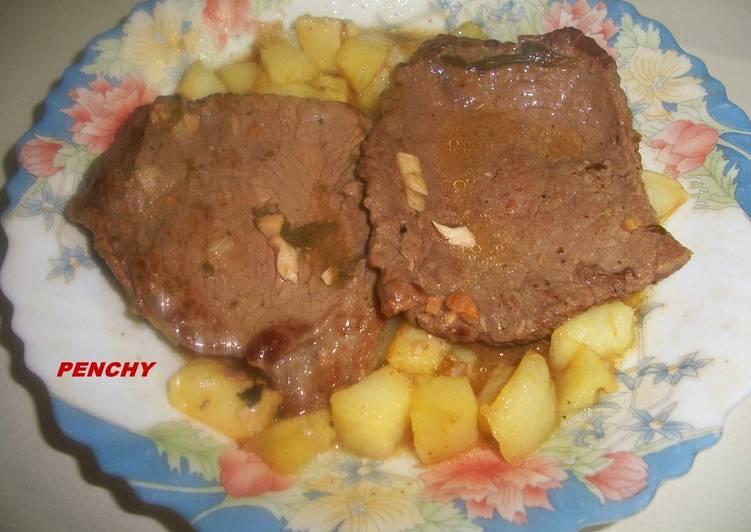Filetes de ternera en salsa con almendras receta de penchi - Filetes de ternera en salsa de cebolla ...