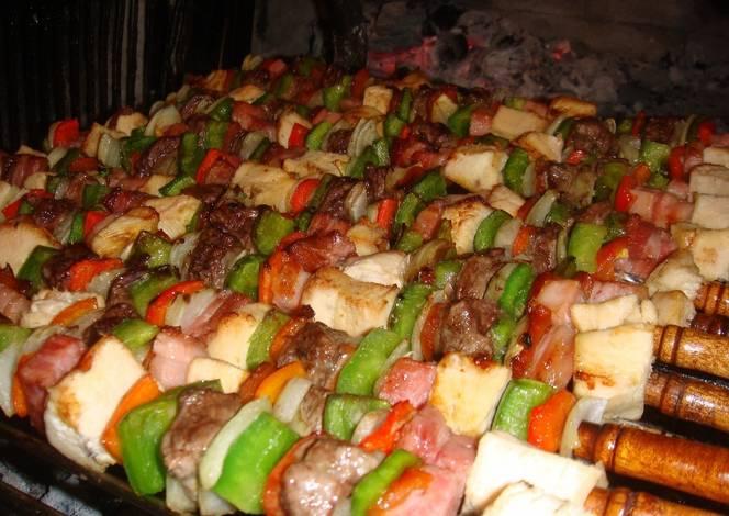 Brochette mixto a la parrilla receta de norali cookpad - Parrilla de la vanguardia ...