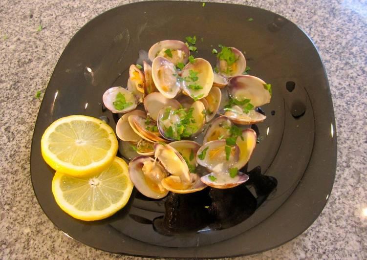 Almejas con salsa verde f ciles receta de elfornerdealella cookpad - Almejas con salsa verde ...